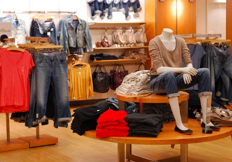 ferramenta, casalinghi, discount, outlet, abbigliamento, calzature